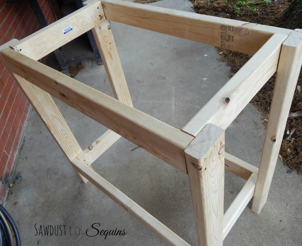 Potting Bench 4