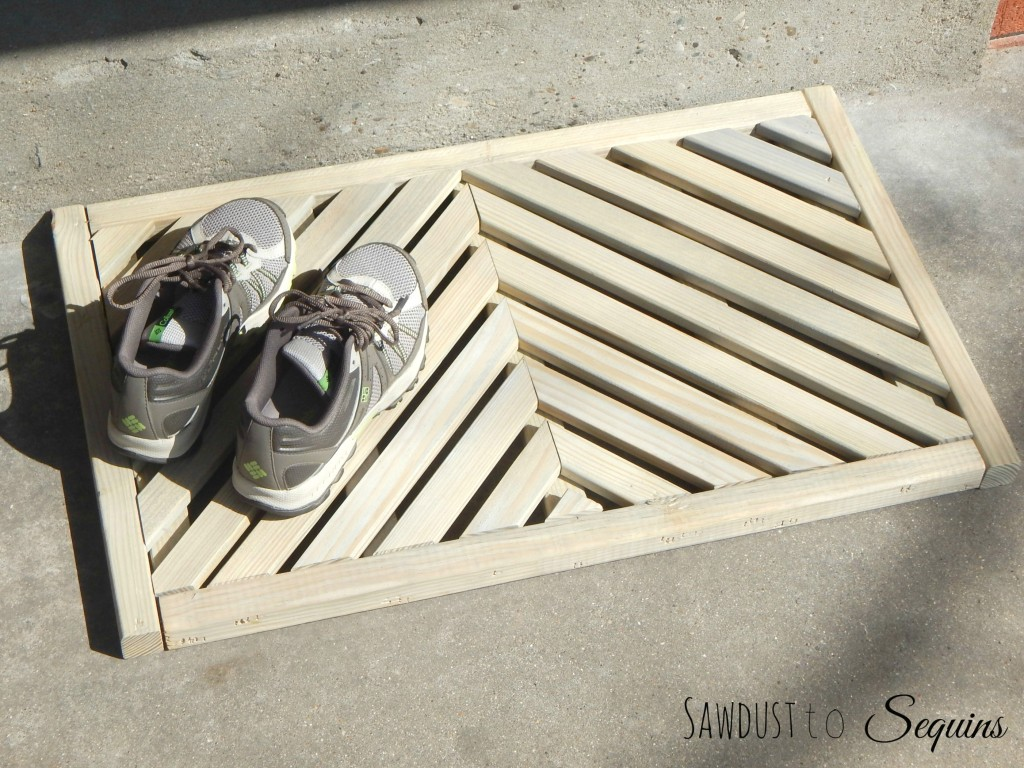 DIY WORKSHOP – WOODEN DOOR MAT